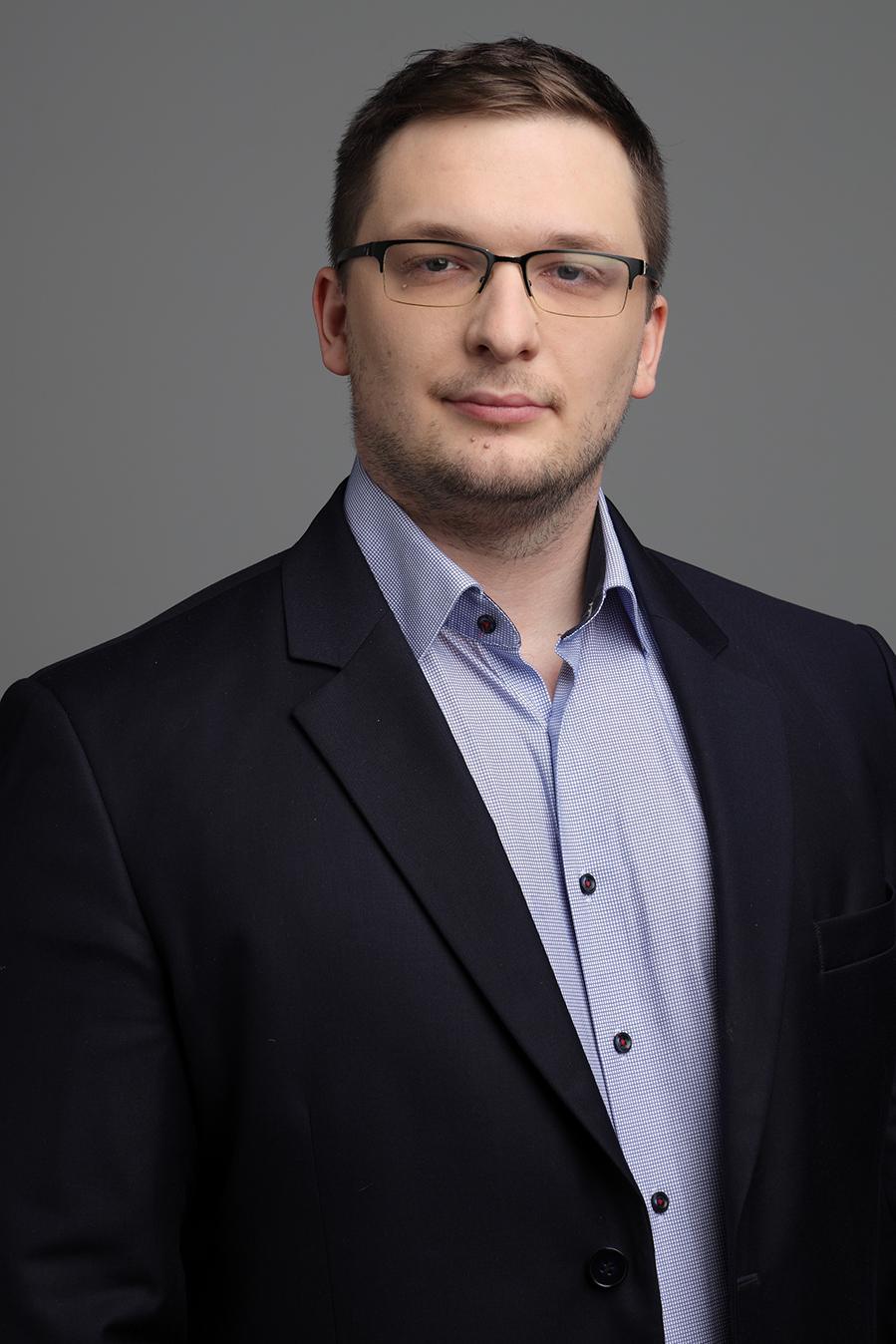 Dr. Gyöpös Gábor